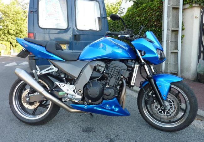 Kawasaki Z750: фото, технические характеристики, отзывы